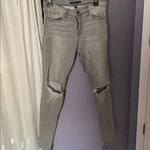 Gray mid rise skinnies
